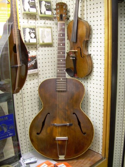 1935 Gibson Archtop