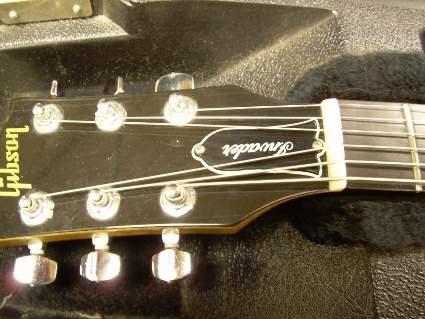 Nick's customized Gibson - headstock